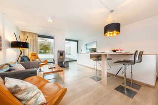 Strandvilla Sonnendeck offener Wohn- und Essbereich