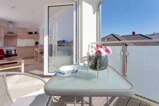 Ferienwohnung Backbord/HAH Blick vom Balkon in die Wohnung
