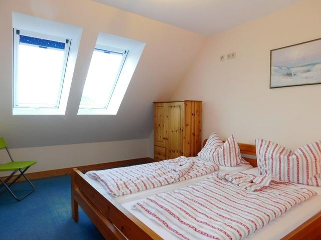 Schlafzimmer im Obergeschoss links