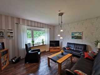 Ferienwohnung Wiesenzauber, 95104 Wohnbereich