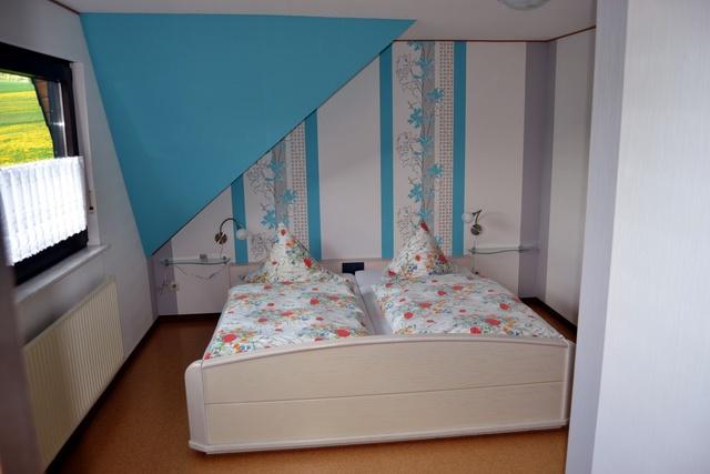 Schlafzimmer-01DG.