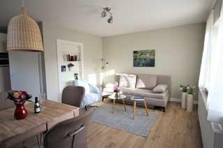 Ferienwohnung zur großen Buche OG Wohnzimmer mit Essecke