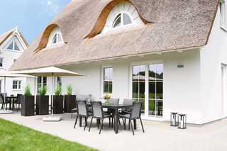 Reetdachhaus Weitblick Terrasse