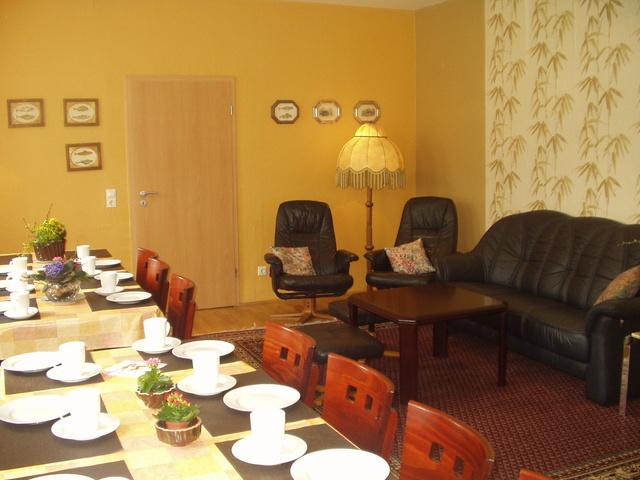 Gartenwohnung - Mittelpunkt des Treffens -