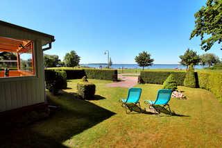 Ferienhaus FLOW DREAM Großer Garten mit unverbaubarem Seeblick