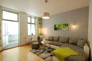 Villa Wilhelmshöhe, Whg. 3 Wohnbereich mit Zugang zum Wintergarten