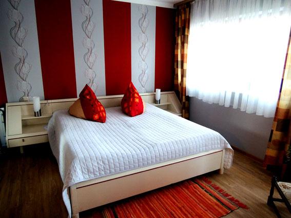 Haus Belfina Doppelschlafzimmer Wohnung II